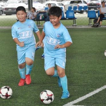 footballForKids-12-min-Copy.jpg