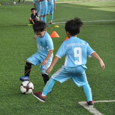 footballForKids-3-min-Copy.jpg