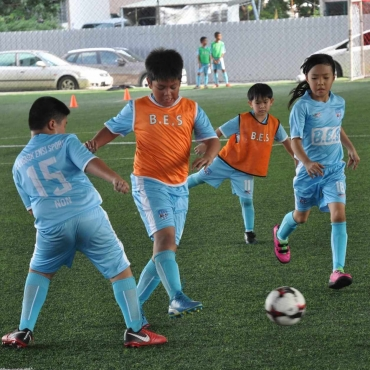footballForKids-8-min-Copy.jpg